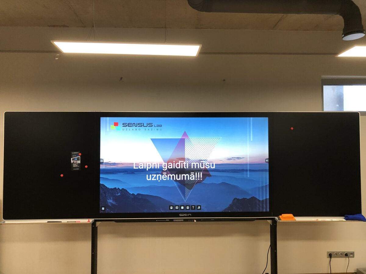 "Stikla tāfele Odin Smart E-Blackboard ar iebūvētu 70"" interaktīvo displeju"