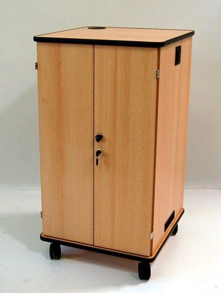 Portatīvo datoru uzlādes skapis Vega 24T/16NB (koka, 24 planšetēm/16 portatīvajiem datoriem)